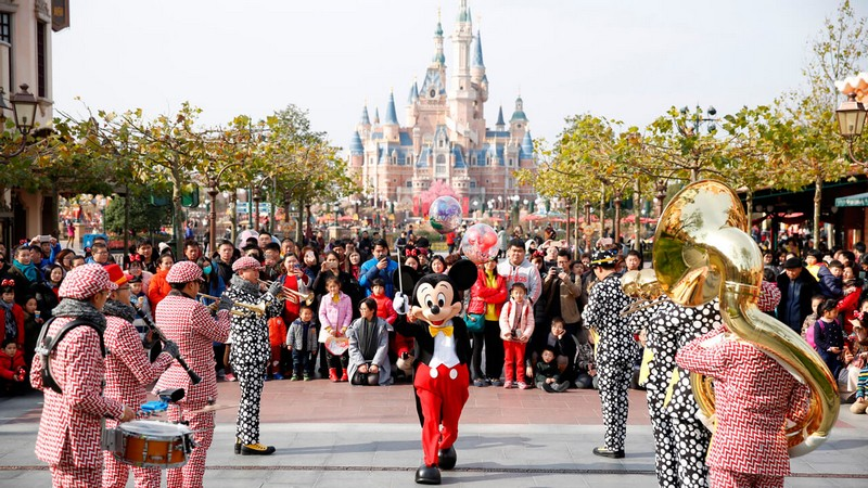 Wanderlust Tips Magazine   Inside Shanghai Disneyland