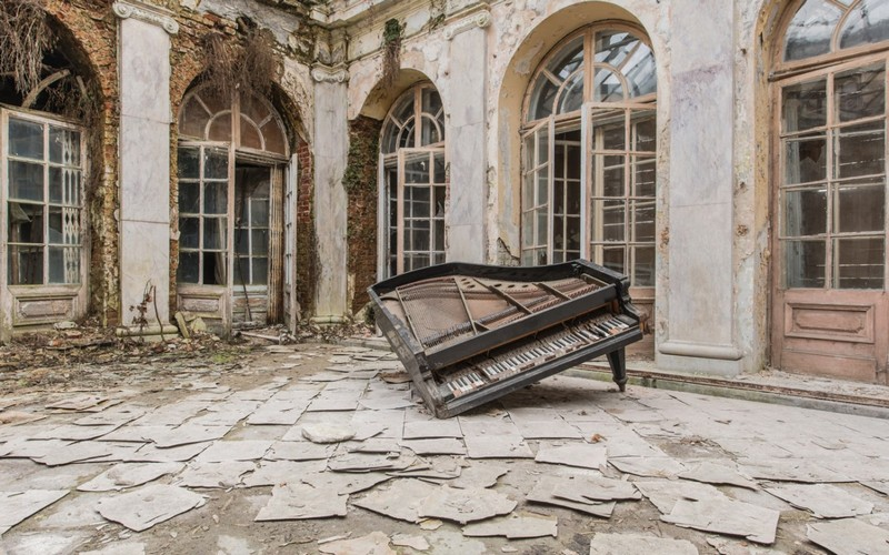 Wanderlust Tips Magazine   Abandoned buildings where time stands still