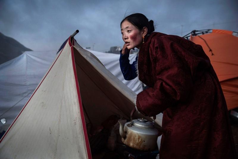 Wanderlust Tips Magazine | Nomads of Tibet hunting for the golden fungus