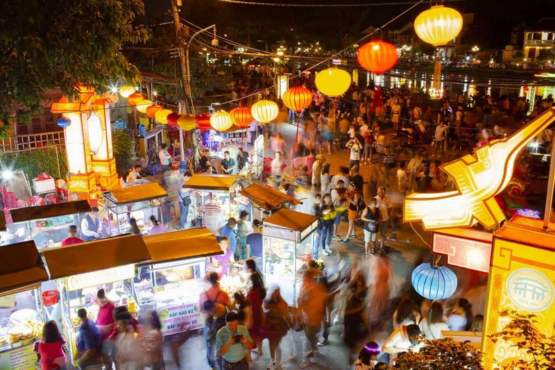 Wanderlust Tips Magazine | Danang and Hoi An- sparkling charm: 8 places to visit in evening