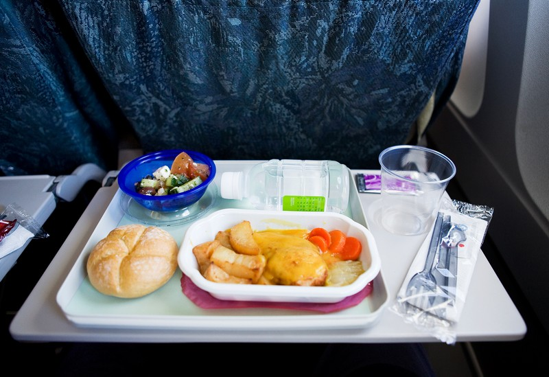 Wanderlust Tips Magazine | Inflight meal replaced with chocolate bar