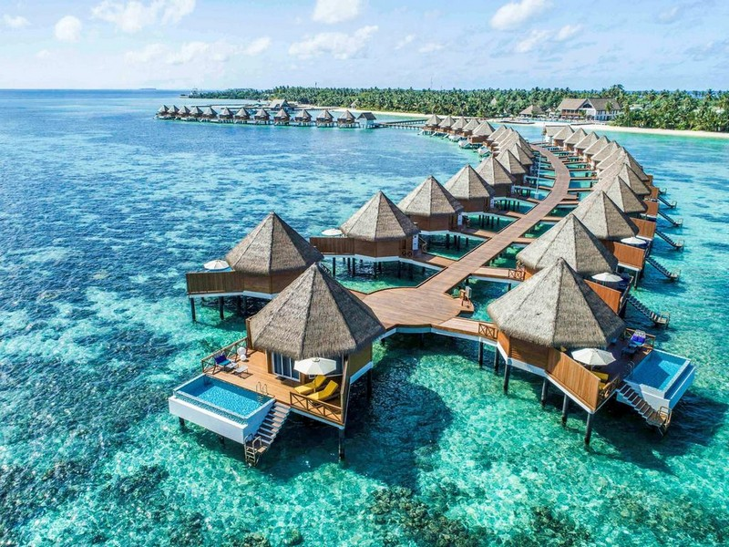 Wanderlust Tips Magazine | Maldives: Best place for undersea dining experience