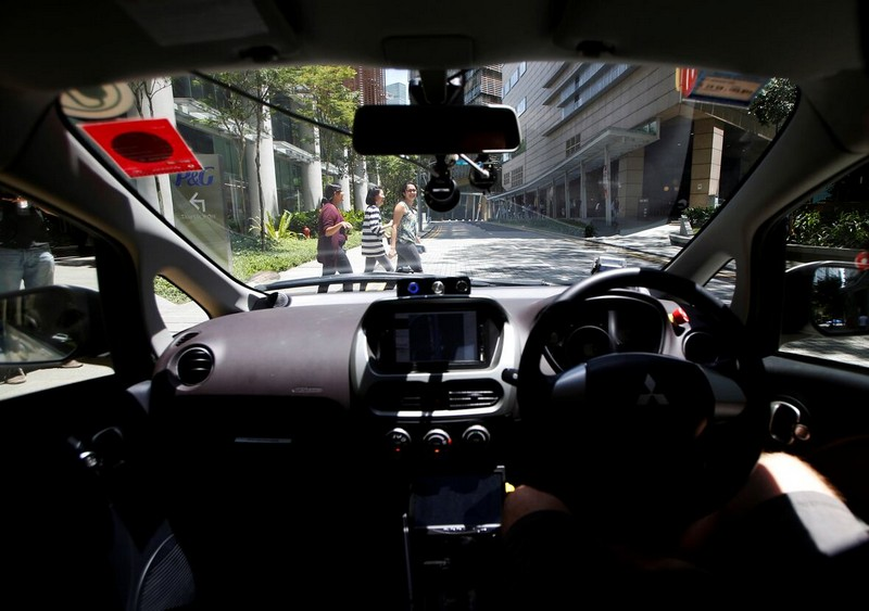 Wanderlust Tips Magazine | The world's first self-driving taxis take the first ride in Singapore