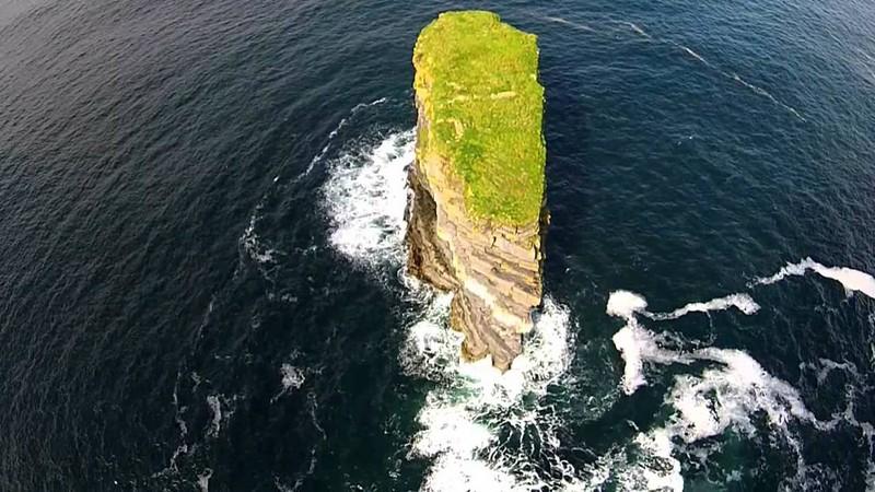 "Wanderlust Tips Magazine   Climber conquered the ""broken fort"" of Ireland"