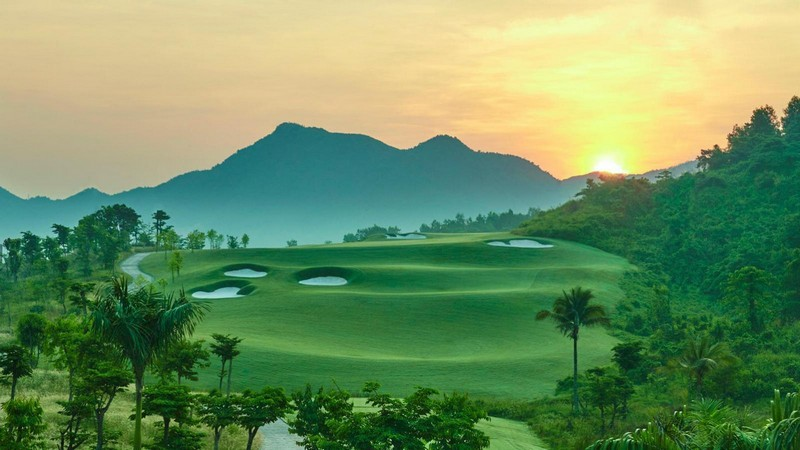 Wanderlust Tips Magazine | Vietnam owns the best new golf course of the world