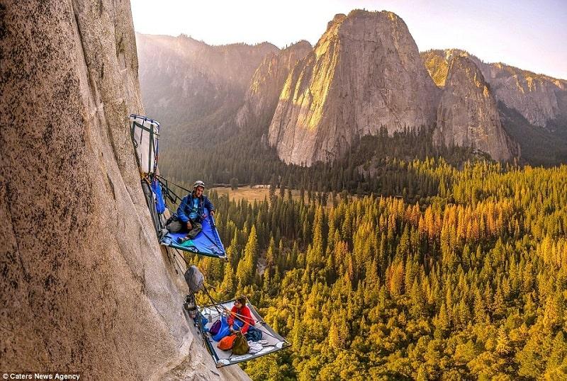 Wanderlust Tips Magazine | Hair-raising camping on the vertical rock cliff