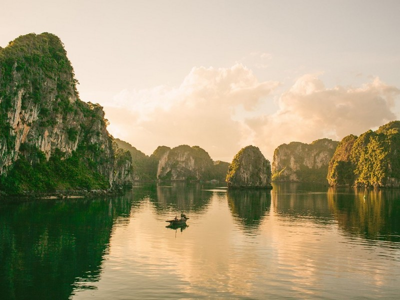 Wanderlust Tips Magazine   WhyVietnam campaign: Motivate the passion for travelling