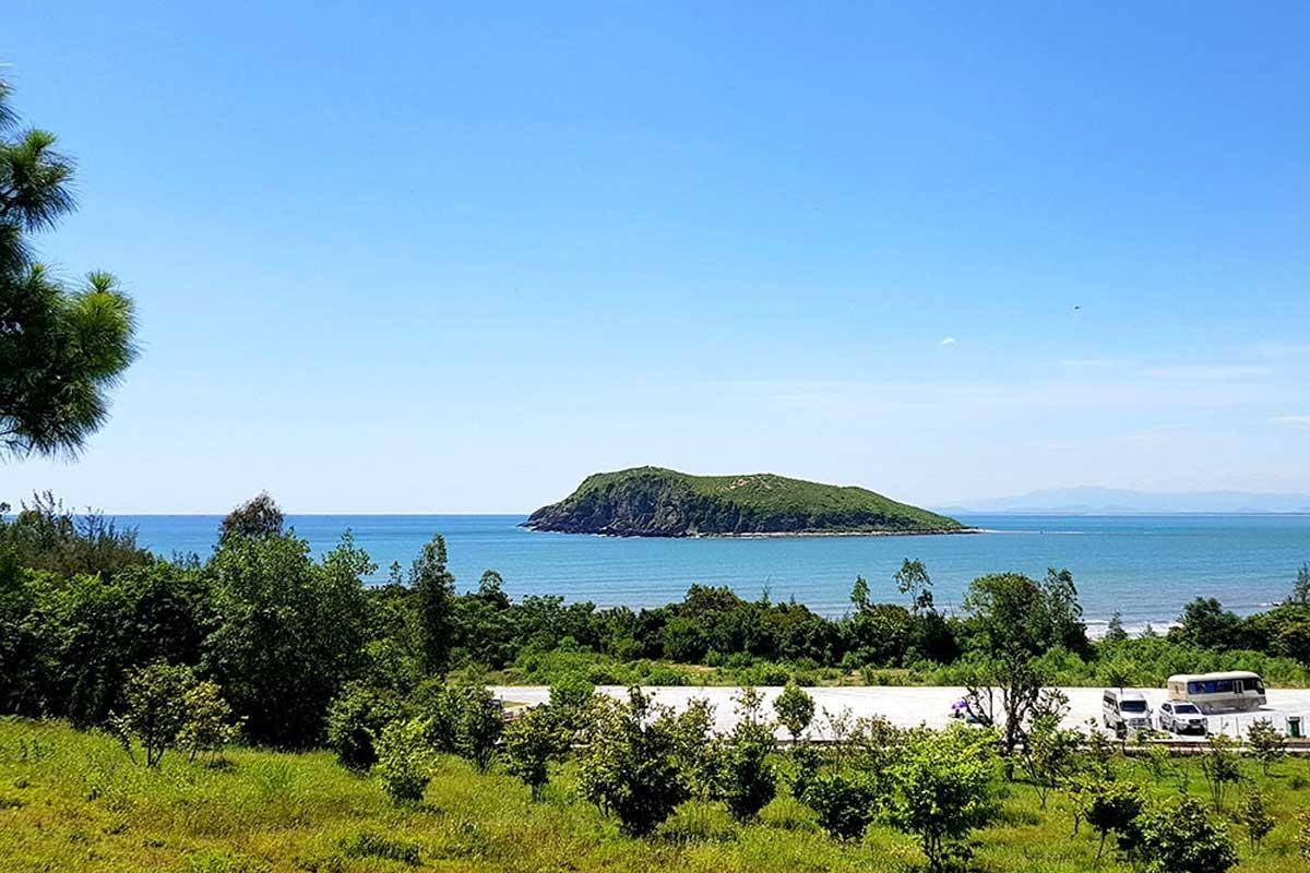 Wanderlust Tips Magazine   8 must-see places in Quang Binh in the morning