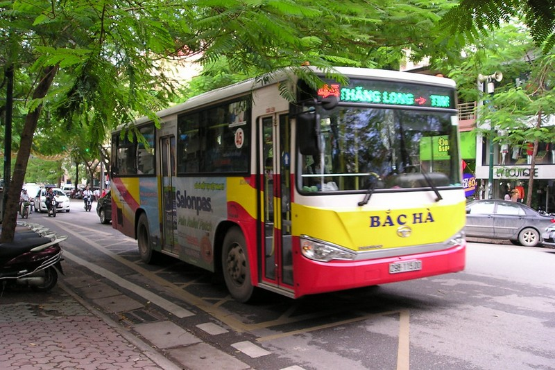 Wanderlust Tips Magazine | Foreign visitor shares how to survive overnight Buses in Vietnam