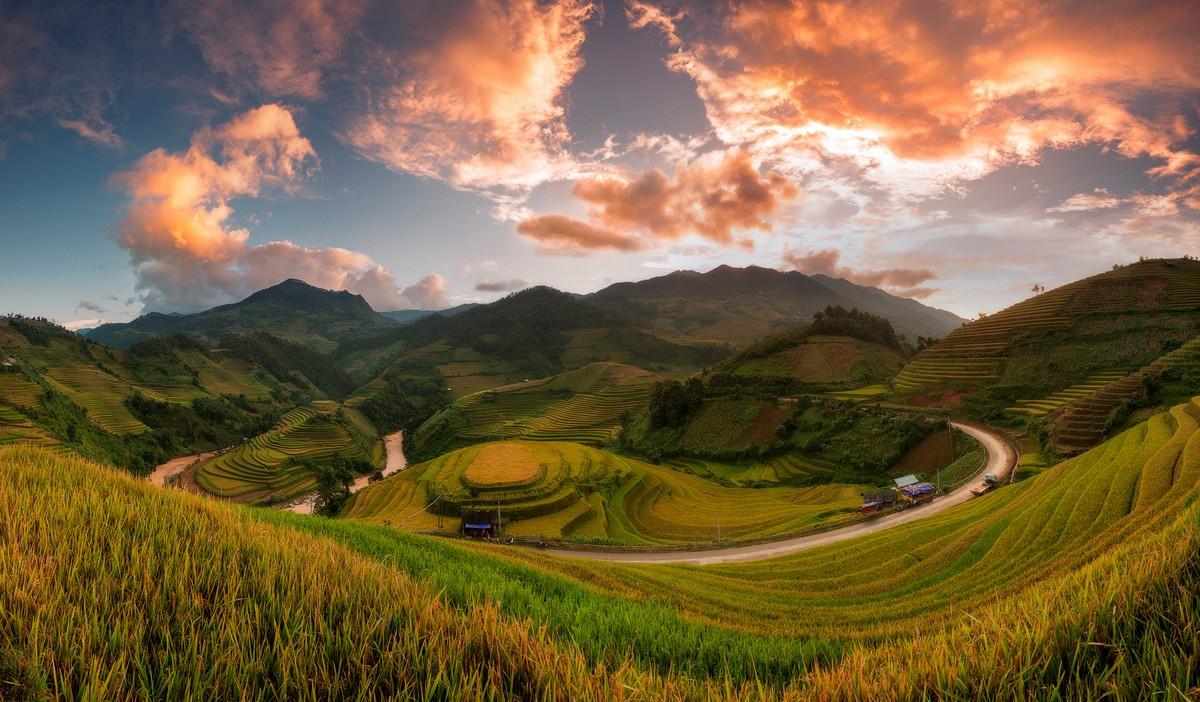 Wanderlust Tips Magazine | Mu Cang Chai during monsoon season