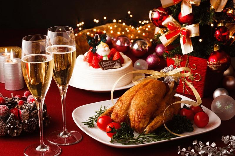 Wanderlust Tips Magazine | Celebrate Christmas at Mercure Bana Hills French Village