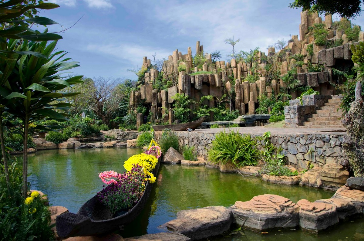 Wanderlust Tips Magazine   8 must-see places in Dak Lak in the evening