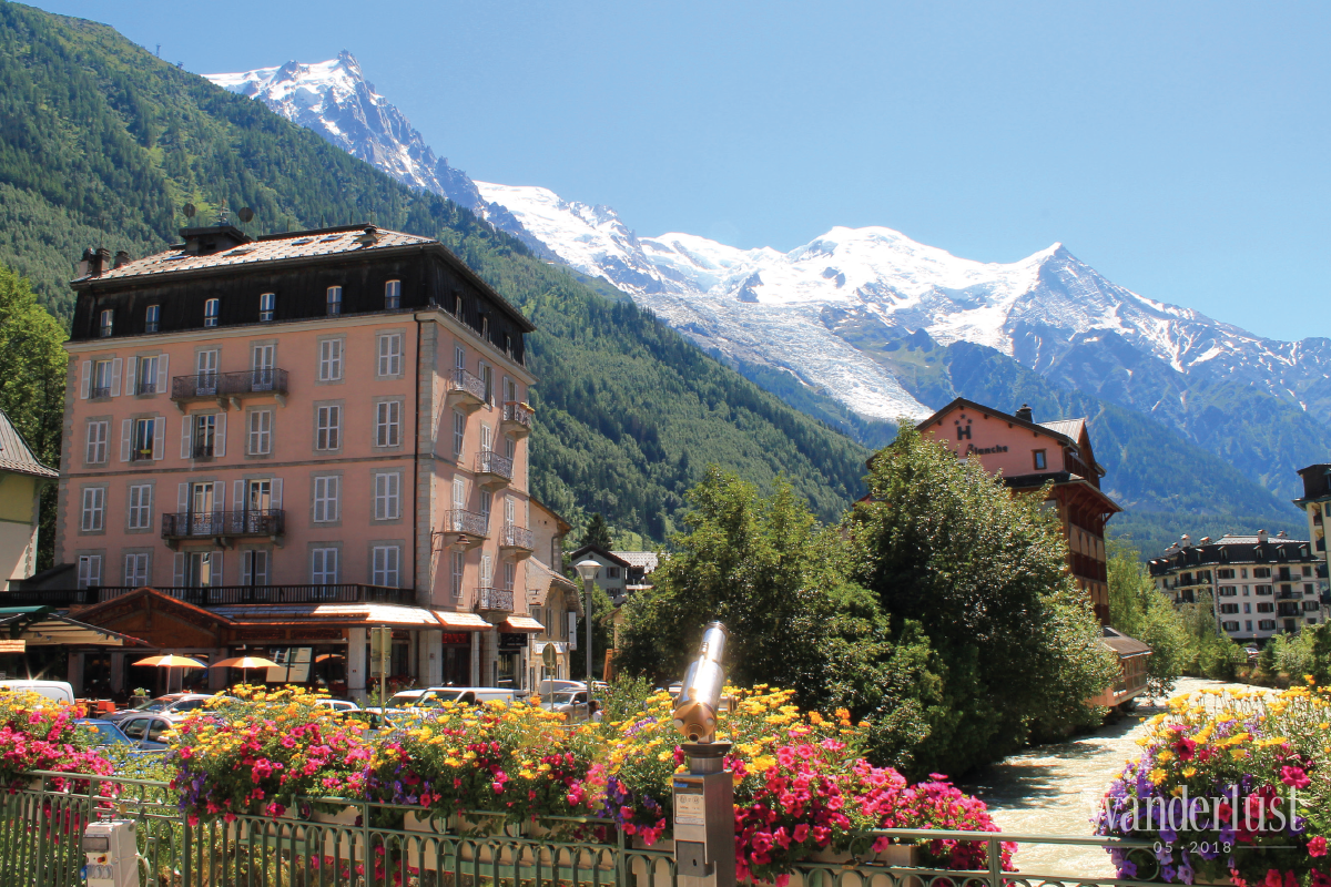 Wanderlust Tips Magazine | Journey of a supporter 24h unforgettable hours for Ultra Trail Mont Blanc