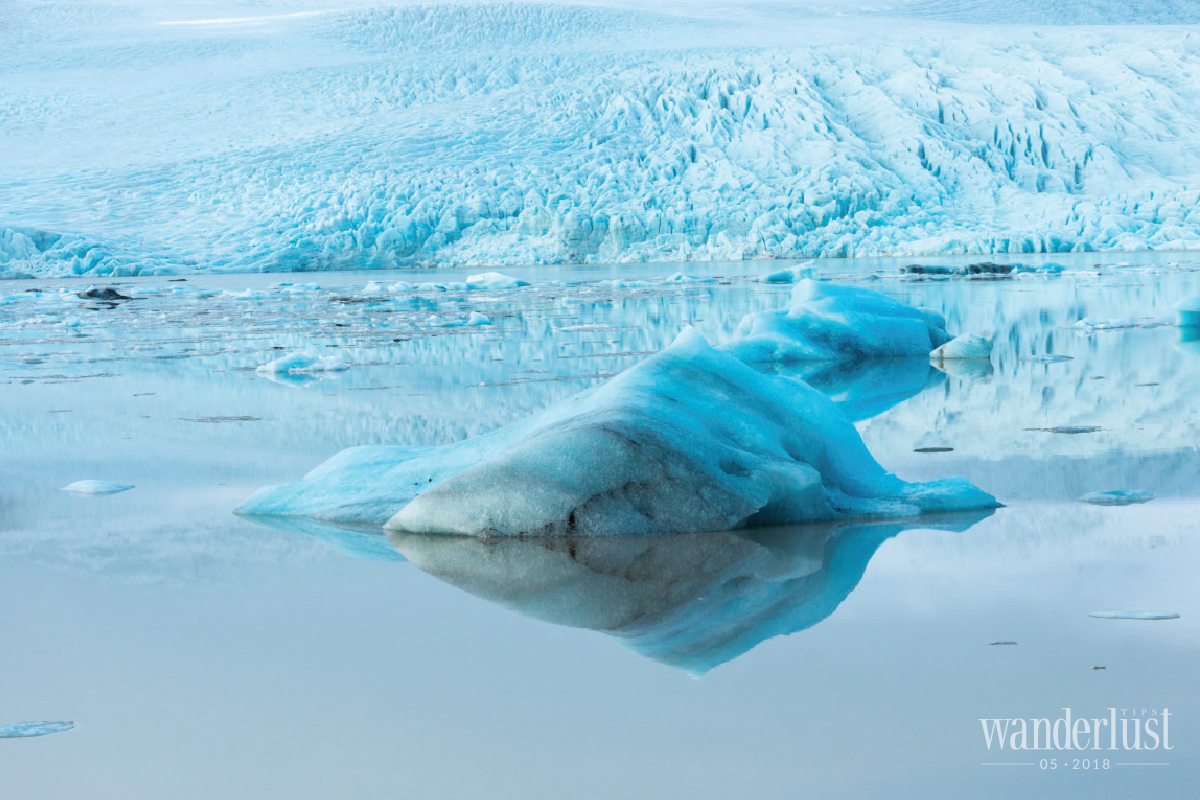 Wanderlust Tips Magazine   Tips for exploring the ice caves on a budget