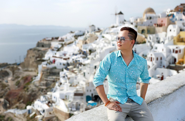 Wanderlust Tips Magazine | Long Kan - The romantic man of the fashion voyage