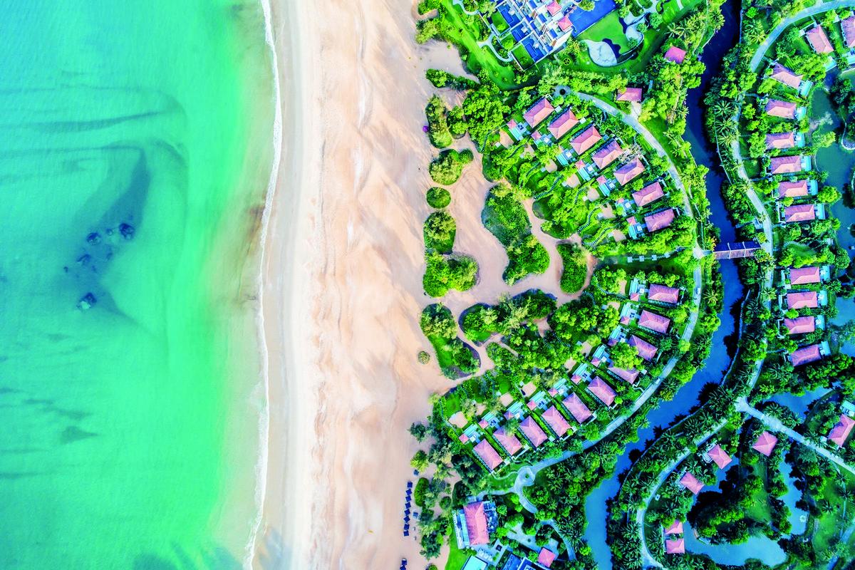 Wanderlust Tips Magazine | Banyan Tree Lăng Cô won the Leading Luxury Resort Award 2019