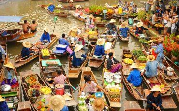 Wanderlust Tips magazine | Get lost in exotic markets around the world