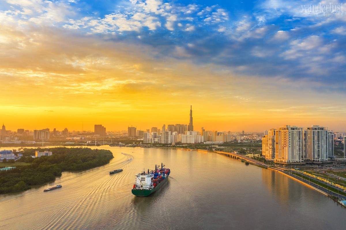 Wanderlust Tips Magazine | Hello World #5: Việt Nam ơi!