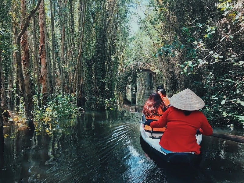 Wanderlust Tips Magazine | Keep an eye out for Tan Lap Floating Village