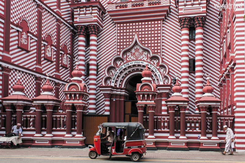 Wanderlust Tips Magazine | Travel through Colombo, Sri Lanka