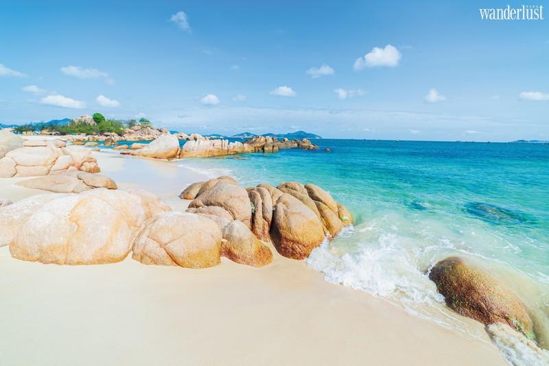 Wanderlust Tips Travel Magazine | Visit Vietnam on a peaceful day