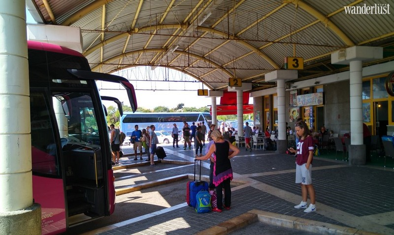 Wanderlust Tips Travel Magazine | How to survive bus travel in the US
