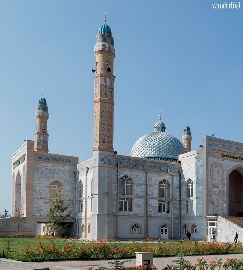 Wanderlust Tips Travel Magazine | Kyrgyzstan: A taste of 'Switzerland' in Asia