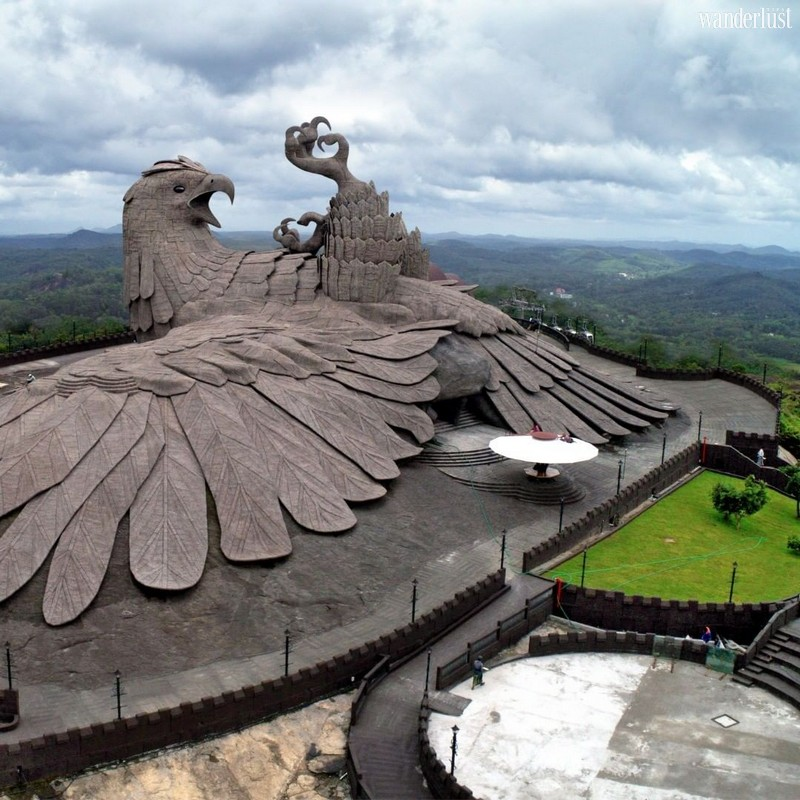 Wanderlust Tips Travel Magazine | The most impressive animal sculpture places around the world
