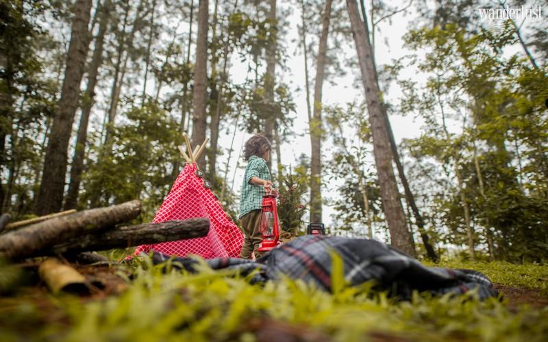 Wanderlust Tips Magazine | How to enjoy safe trip with kids