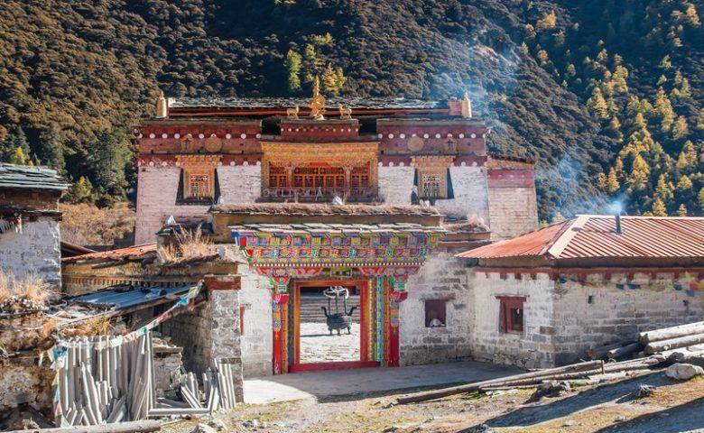 Wanderlust Tips Magazine   Looking for the last Shangri-La China