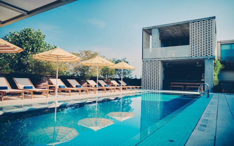 Wanderlust Tips Magazine | The 7 best rooftop pool bars in Austin, Texas