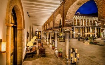 Wanderlust Tips   6 historic hotels with extraordinary pasts