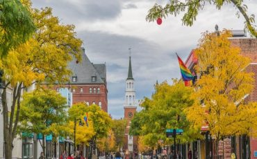 Wanderlust Tips | Fall in love with Burlington, Vermont, USA