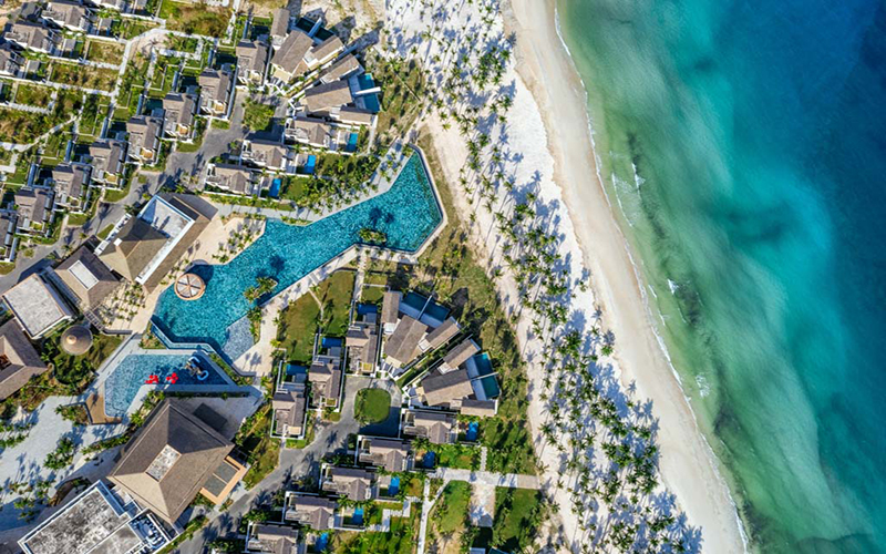 Wanderlust Tips Magazine - The Best Hotels - Resorts Awards 2021 are open for submissions