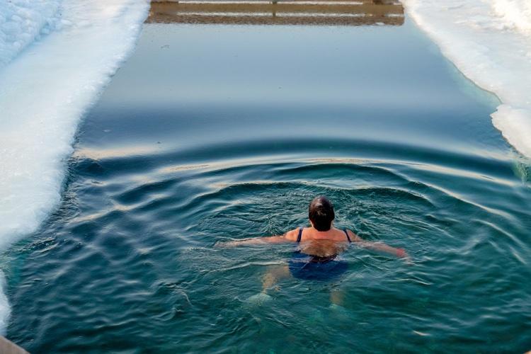 Cold bathing: A magical wellness treatment - Wanderlust Tips Magazine